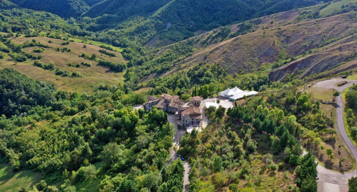 event-Un Percorso nella Storia: Dal Castello di Canossa al Borgo di Votigno