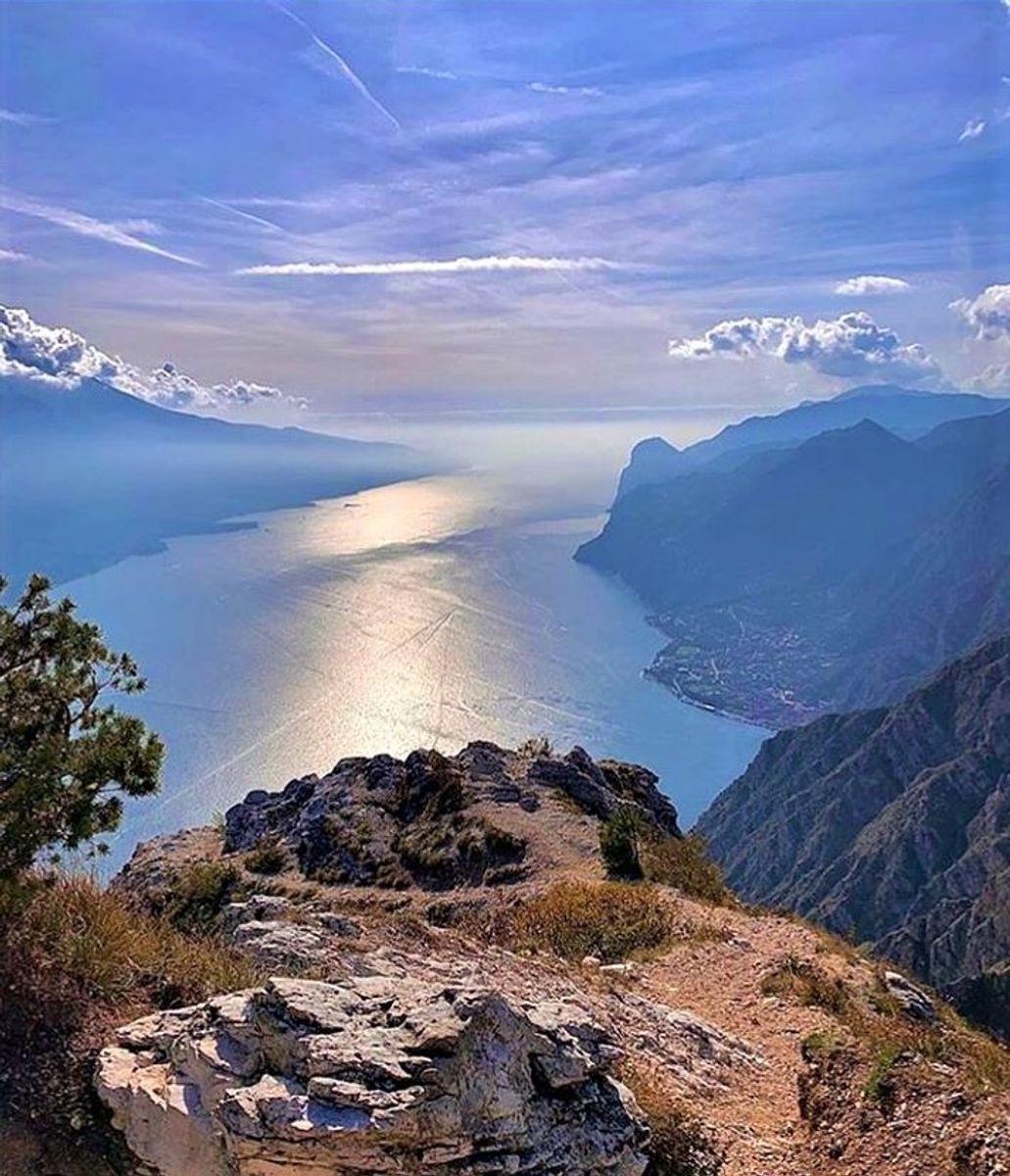 event-Punta Larici, lo Sperone di Roccia a Picco sul Garda