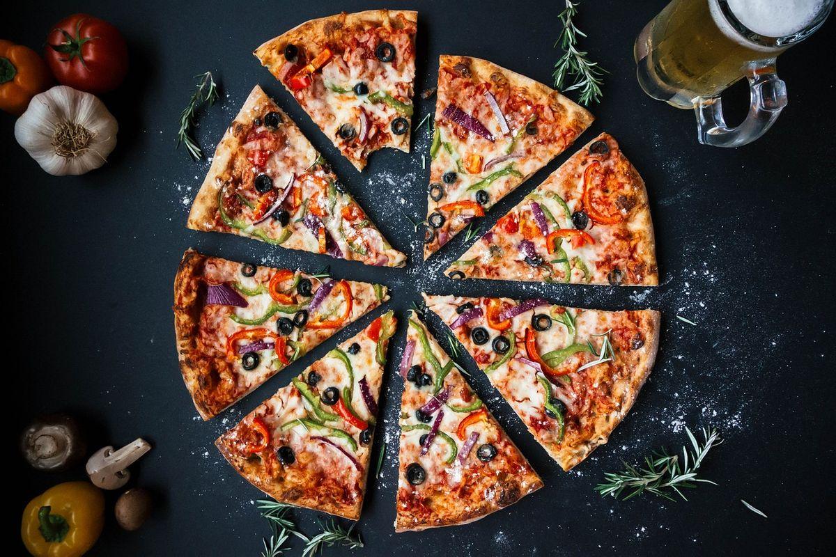 event-Pizzata Autogestita a Buccinasco, Porta un amico!