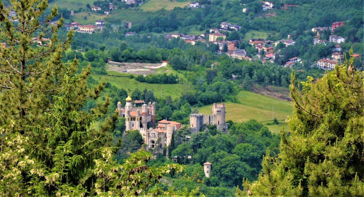 event-Trekking nei Colli Bolognesi con visita alla misteriosa Rocchetta Mattei
