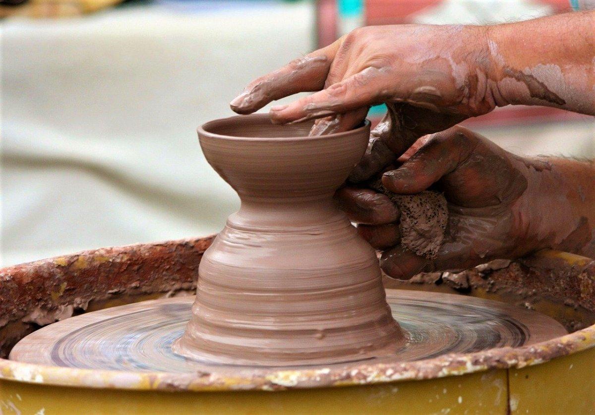 event-A Lezione dai Maestri Ceramisti: La Tecnica del Colombino - 2° Turno