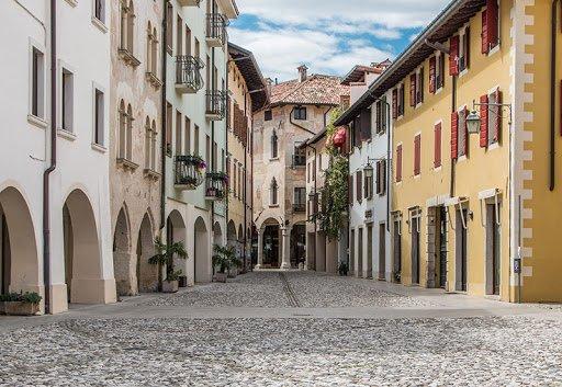 event-Tour Guidato a Spilimbergo: Un Incantevole Borgo Medievale