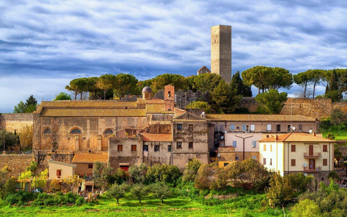 event-Tarquinia e il Labirinto delle 100 Torri Medievali: Un Viaggio nel Tempo