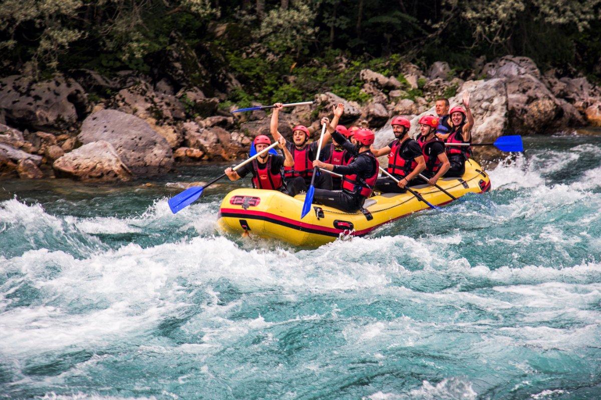 event-Un Adrenalinico Tour in Rafting sulle Acque del Fiume Noce