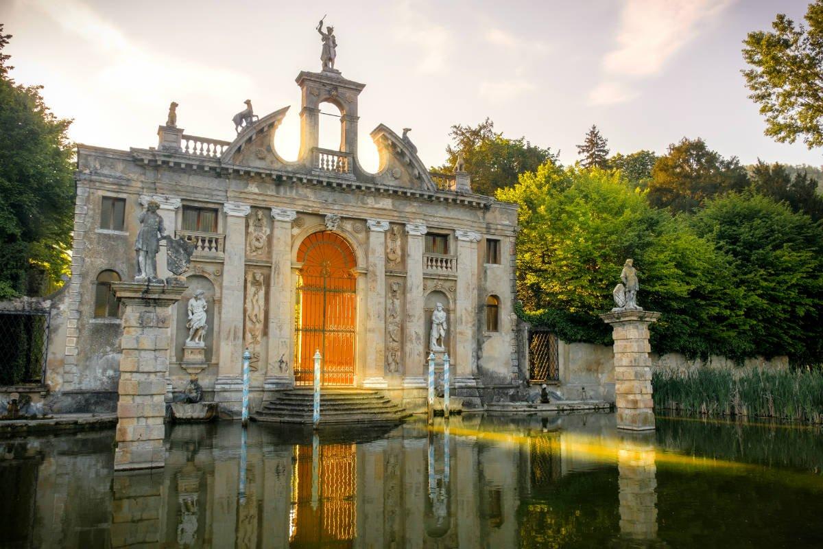event-Il Giardino Monumentale di Valsanzibio: Tour nella Stella dei Colli Euganei