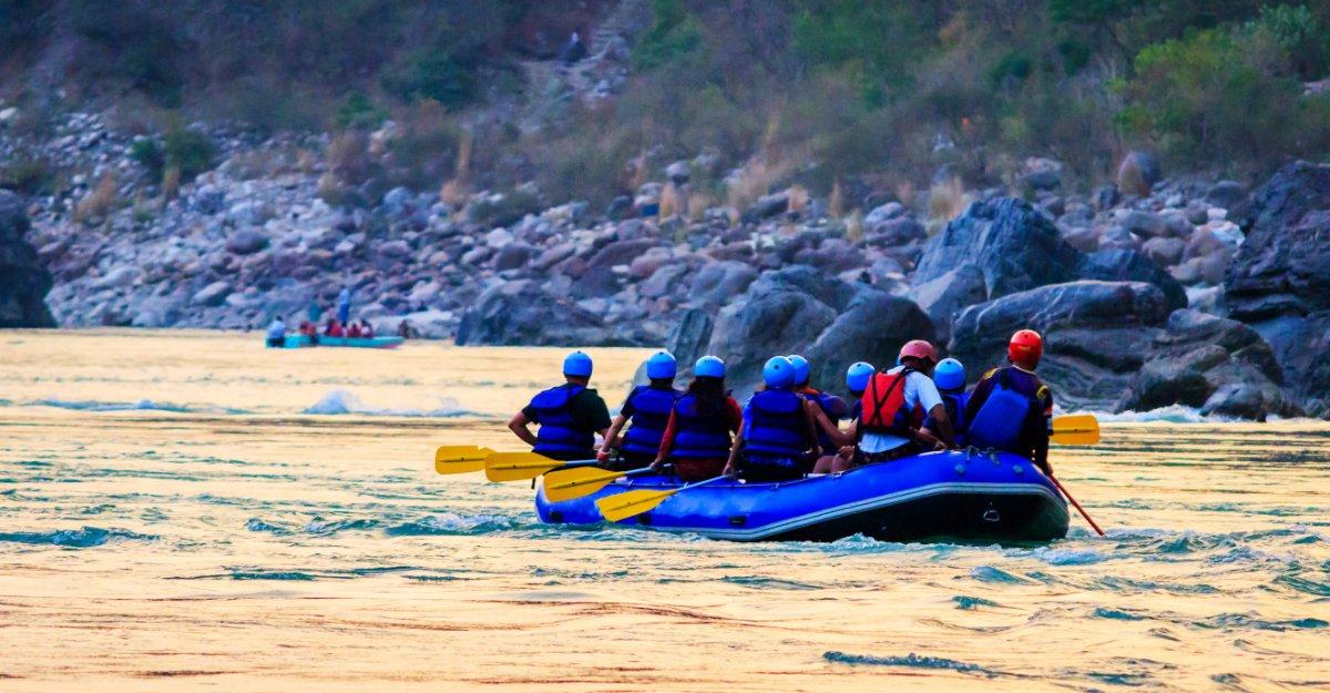 event-Una Giornata Ricca di Emozioni: Picnic tra le Vigne e Rafting in Notturna