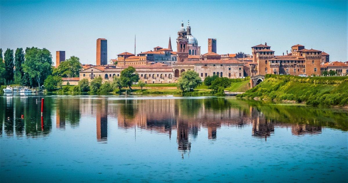 event-Mantova: Reggia Rinascimentale Riflessa sul Lago - MATTINA