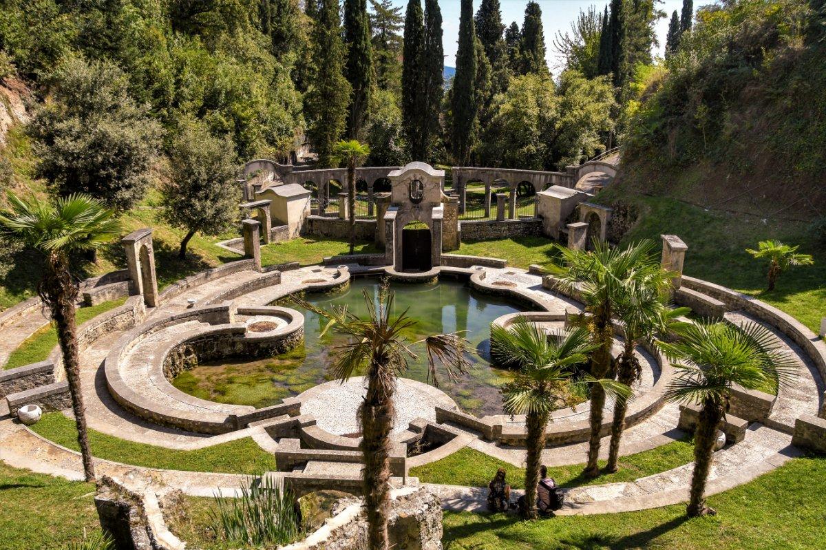 event-Lo Straordinario D'Annunzio: Tour tra Gardone Riviera e il Vittoriale