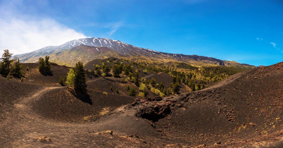 event-Sul Versante Orientale dell'Etna, Tra Boschi Nordici e Antichi Crateri