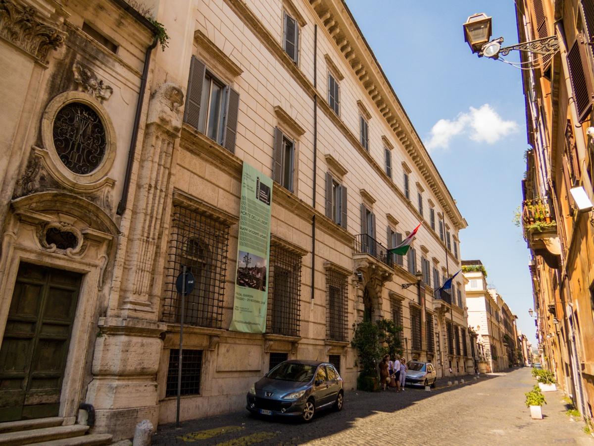 event-Tour Storico di Roma: Da Piazza Farnese al Quartiere Ebraico