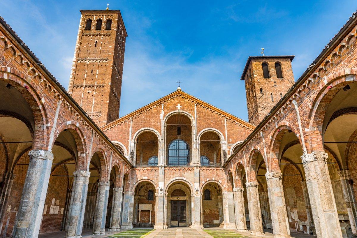 event-La Basilica di Sant'Ambrogio: Tour tra Misteri, Arcani e Simbologie