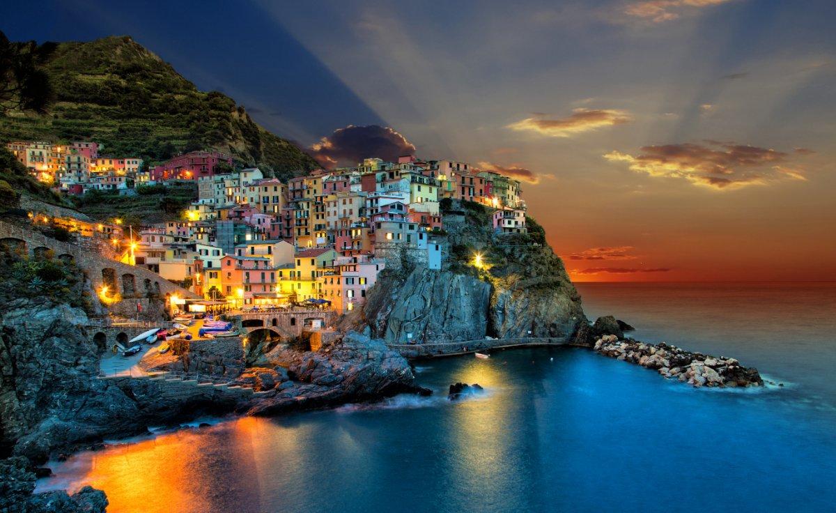 event-🎃 Halloween alle Cinque Terre: Viaggio di Tre Giorni tra le bellezze liguri🎃