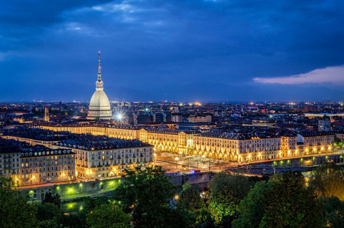 event-🎃 Halloween tra Torino e il Museo Egizio: Due Giorni tra Degustazioni di Cioccolato, Storie e Leggende della Città Magica 🎃