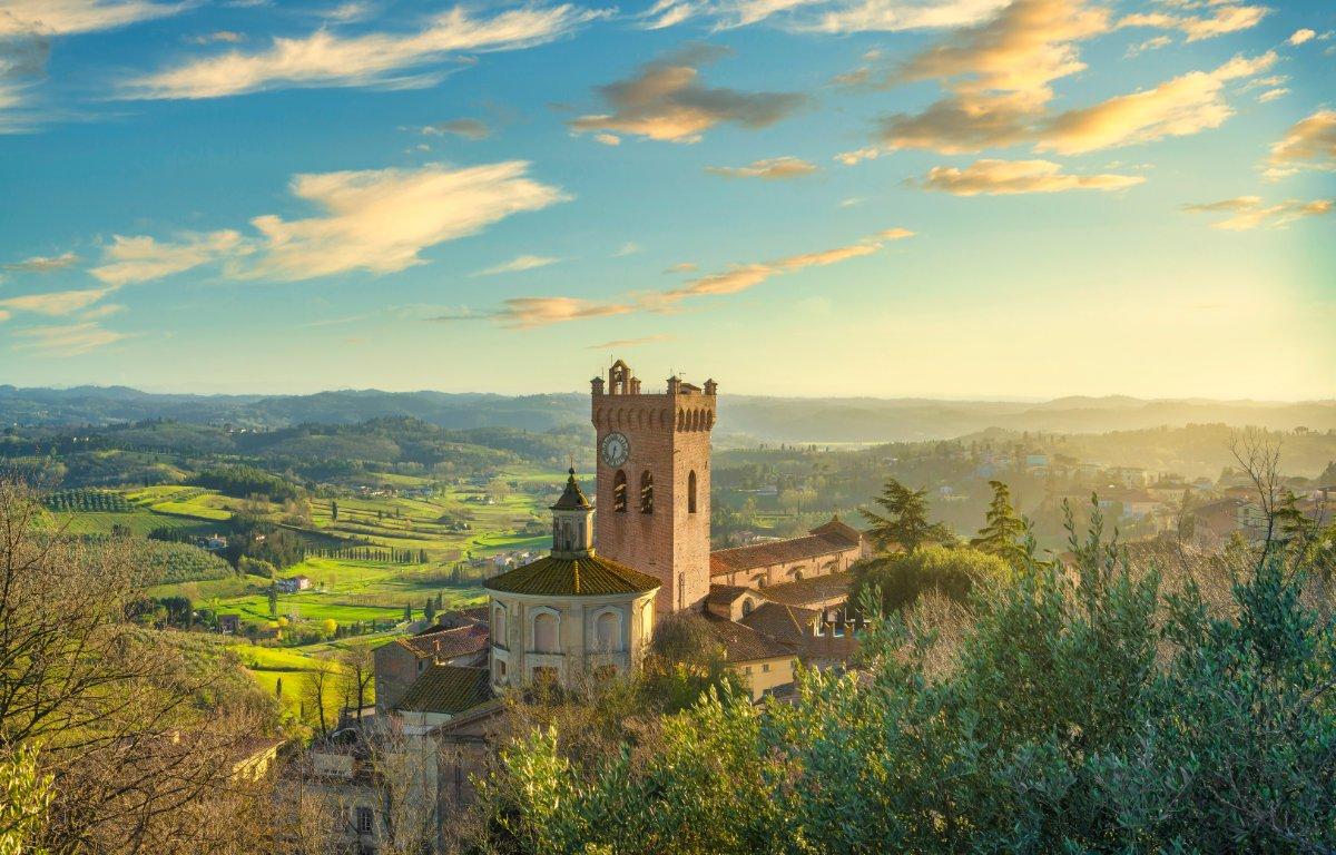 event-Tour di San Miniato: L'Incantevole Gemma Tra Pisa e Firenze
