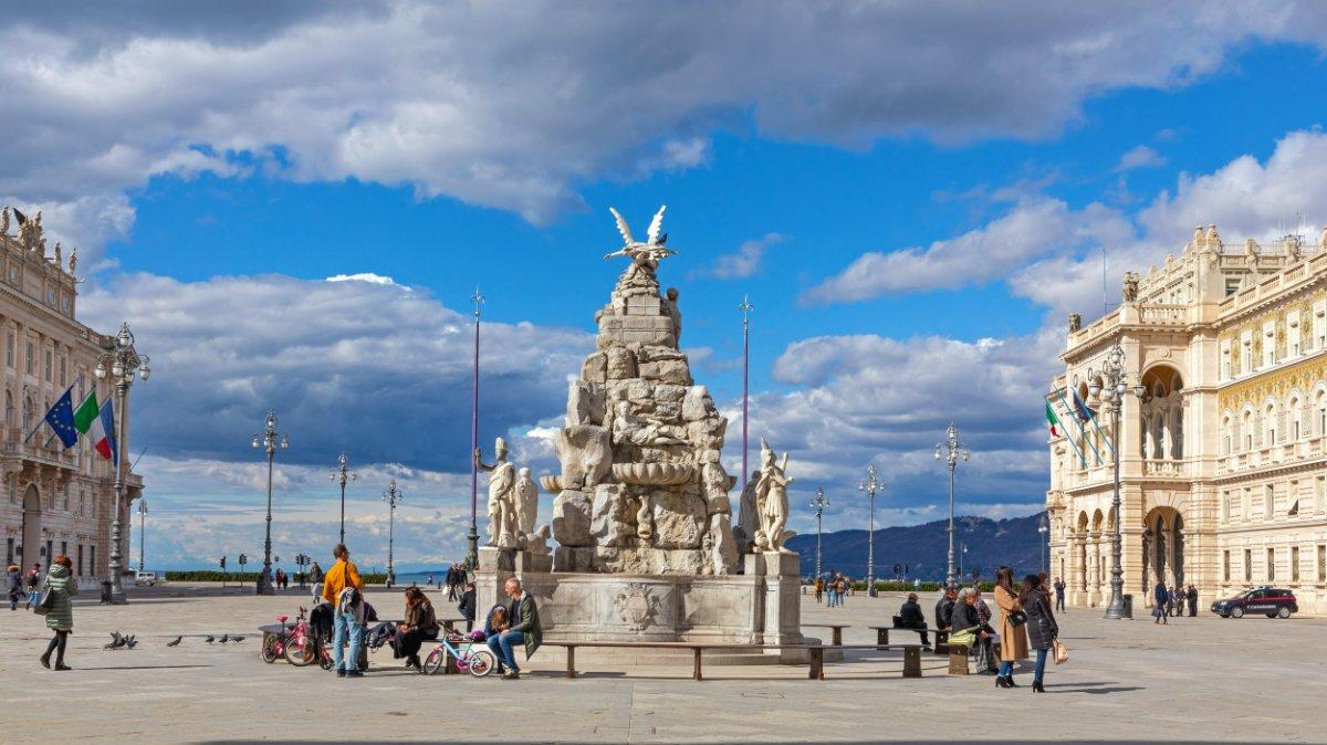 event-Tour Guidato a Trieste: Le Geometrie Teresiane