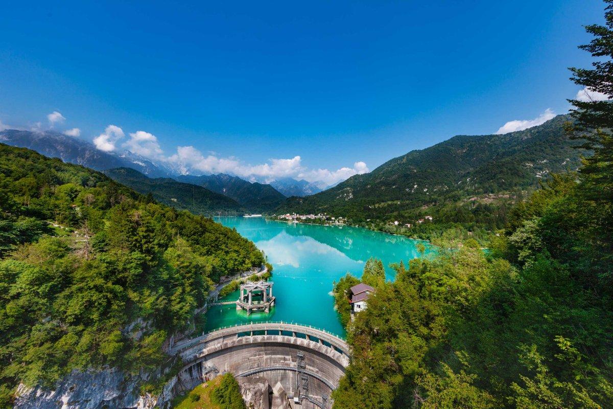 event-Lago di Barcis: Trekking nello Smeraldo delle Dolomiti