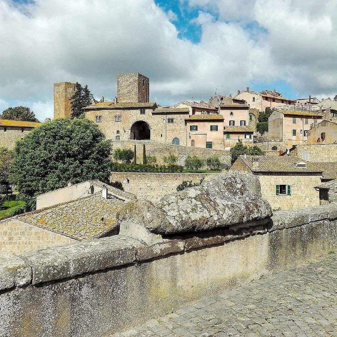 Tarquinia & Tuscania