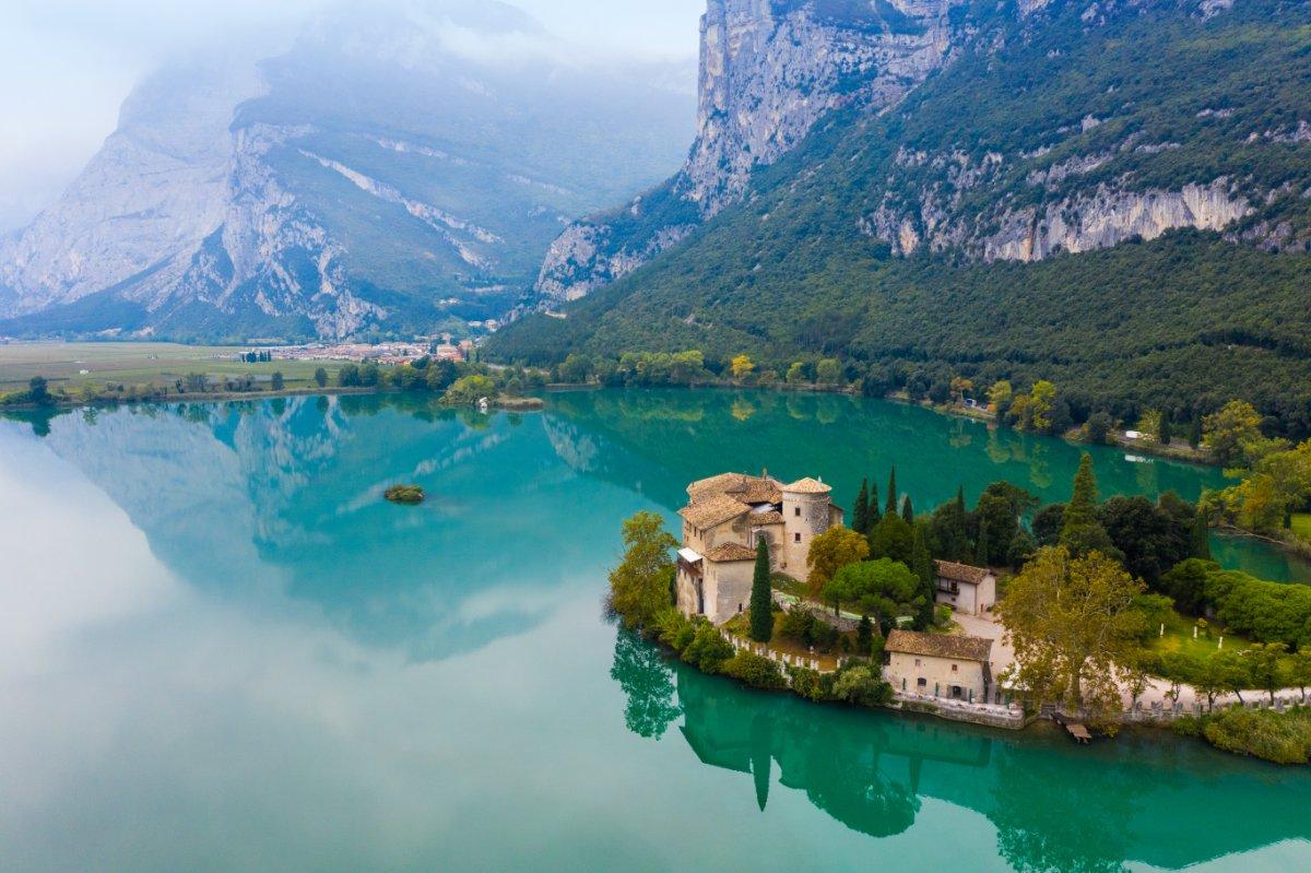 event-Passeggiata Guidata tra il Lago di Toblino e il suo Castello