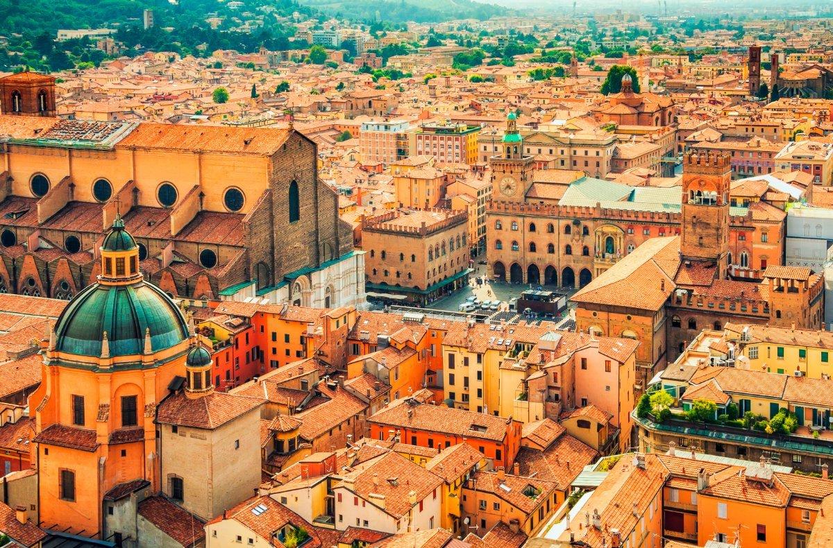 event-Bologna Misteriosa: Un Tour tra Storia, Cultura, Scienza e Magia