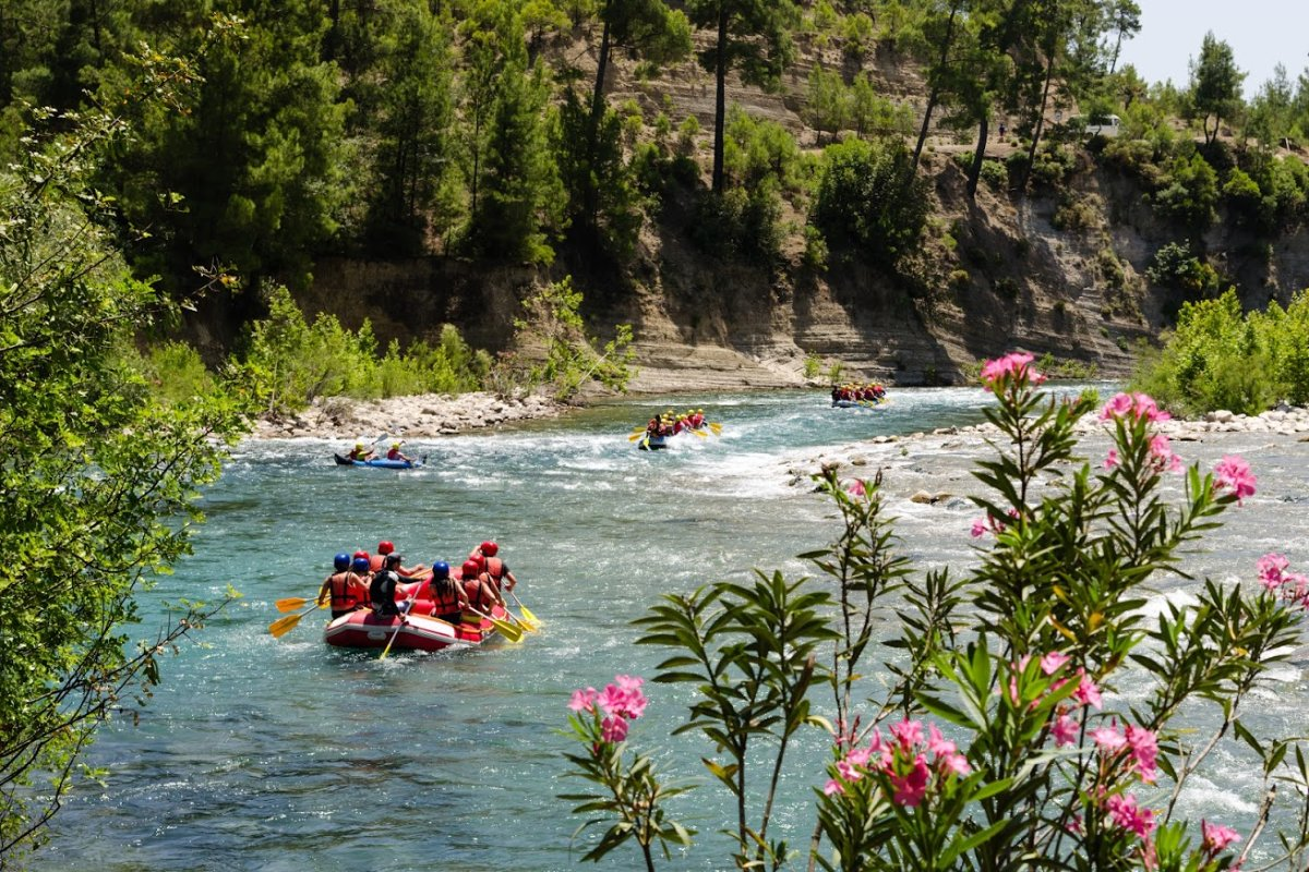 event-Rafting nel Fiume Adige e Valpolicella in Bici Elettrica