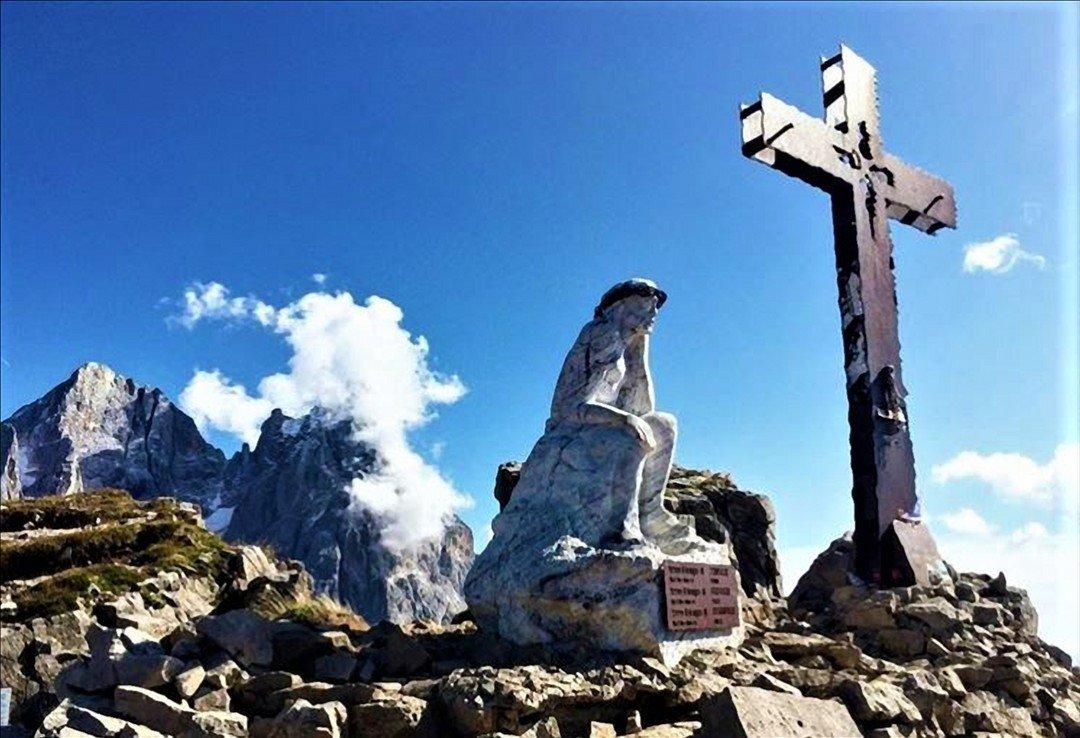 Trekking al Cristo Pensante