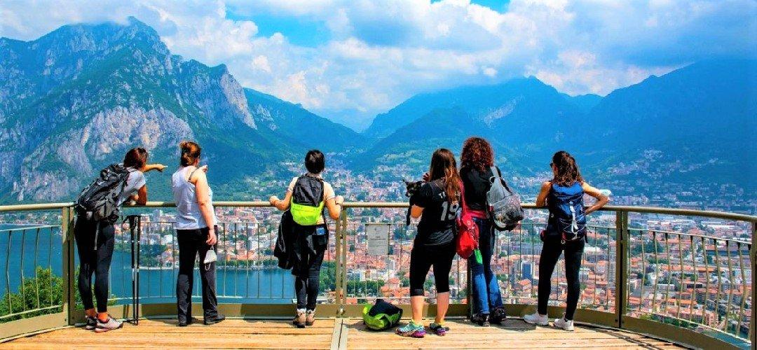 event-Tra Lecco e il Monte Barro: Passeggiata Sensoriale sul Lago di Como