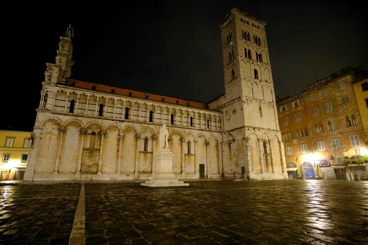 event-Lucca Insolita: Tour Serale tra Magia e Mistero