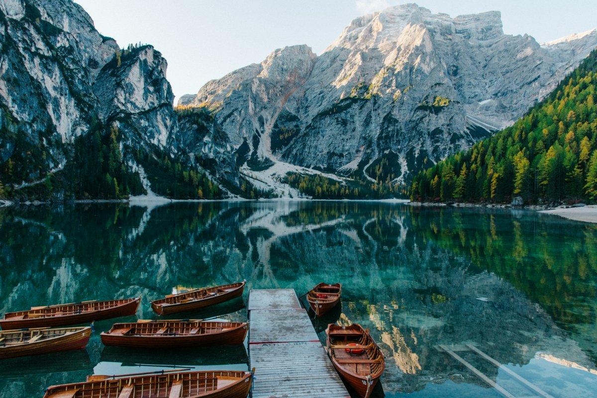 event-Il Lago di Braies: Un Trekking da Sogno