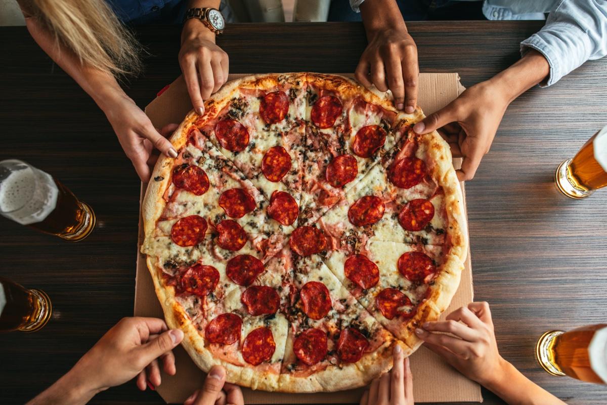 event-Pizzata Meeters a due Passi dai Navigli [età 25-40]