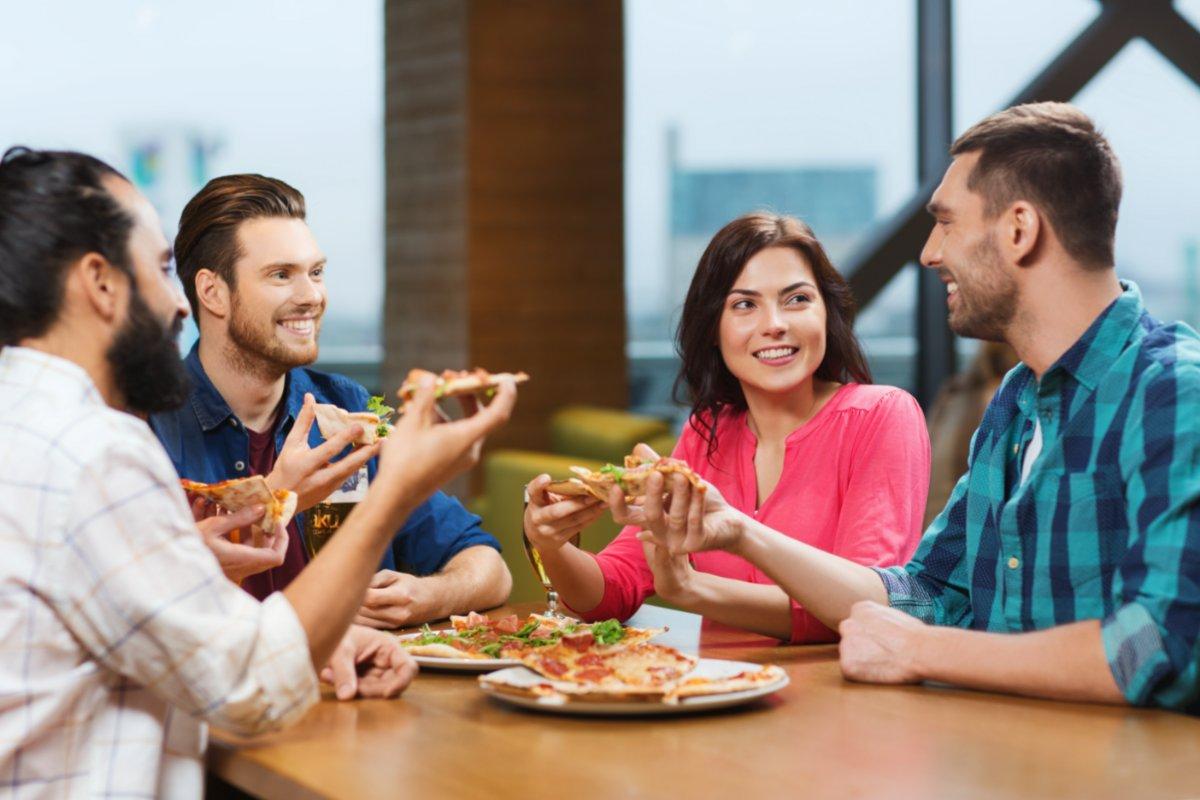 event-Festa dei Single Meeters: Pizzata a Bologna [età 40-65]