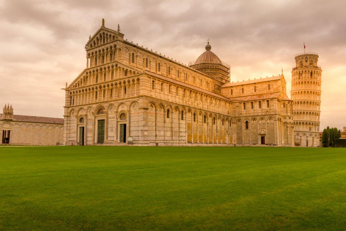 event-🎃Halloween a Pisa: I Misteri di Piazza dei Miracoli🎃