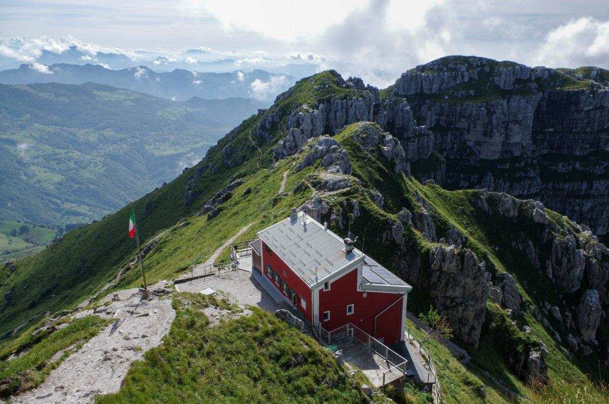 event-In Vetta al Resegone: Trekking tra Incantevoli Panorami