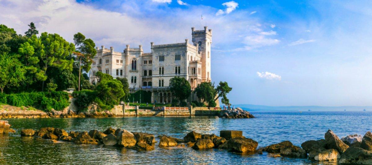 event-Il Castello di Miramare: Tour Guidato nella Perla Bianca di Trieste