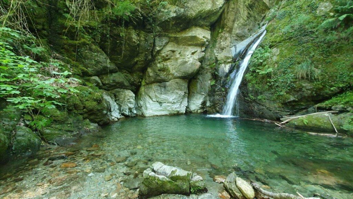 event-La Cascata della Donnaiola: Escursione tra Natura e Borgate Variopinte